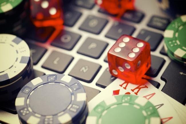 Les avantages offerts à jouer au casino en ligne
