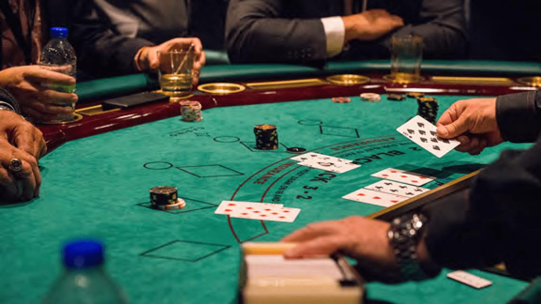 les règles de base au blackjack